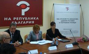 Мая Манолова иска корекции в процеса на лимитирането и районирането на здравни услуги