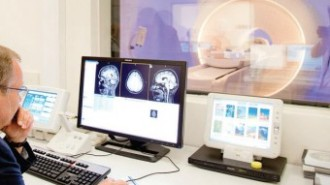 Половината българи търсят в интернет здравни съвети