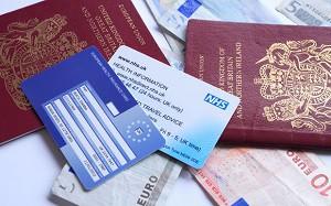 Европейска здравноосигурителна карта – какво представлява и можем ли да я ползваме вместо туристическа застраховка?