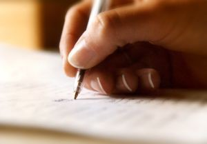 БЛС: Наредбата за критериите, по които РЗОК ще сключват договори, трябва да се промени