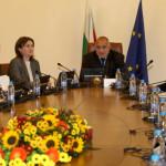 Правителството ще разгледа критерии за договорите с НЗОК