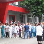 Работещите в частните болници също готвят протести