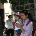 Протест пред МЗ срещу случващото се във Фонда за лечение на деца