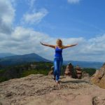 Историята на Емилия – Успях да преодолея болката от Болестта на Бехтерев с много труд и движение