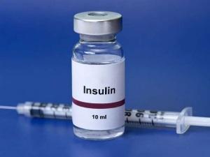 Сестрите в детските градини и училищата ще слагат инсулин на децата с диабет