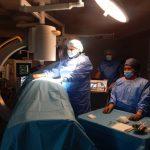 """Нова миниинвазивна интервенция за лечение на болката бе приложена в МБАЛ """"Уни Хоспитал"""""""