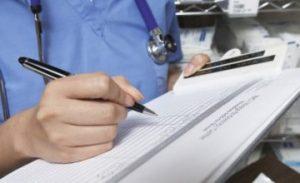 Съдът отново не даде ход на дело срещу лекар, обвинен в използване на фалшива диплома
