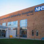 Обединеното кралство въвежда закон, задължаващ болниците да таксуват чуждестранните пациенти преди прием