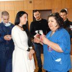 Младежи дариха инфузионни помпи на Детска хирургия