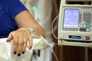 Отменят разпоредбите за контрол на онкомедикаментите в болничните аптеки