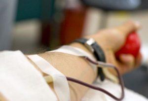 Кръводаряването в България - все още в плен на проблеми и черен пазар