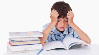 Залягането над домашните - най-много 4 часа