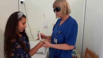 Лекуват с лазер трудно зарастващи рани