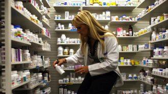 Има риск пациентите да започнат да доплащат за скъпоструващи лекарства, които сега са безплатни