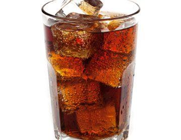 Две газирани напитки седмично увеличават риска от диабет