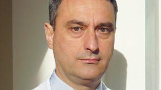 Д-р Веселин Даскалов: Само операцията премахва очното перде