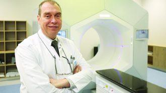 Д-р Румен Лазаров: Вече правим лъчетерапия за 10 минути