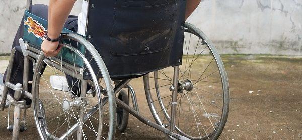 Хората с увреждания ще получават помощ от държавата за още три медицински изделия