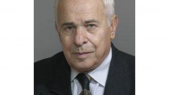 Проф. д-р Боян Лозанов: Някои храни провокират заболявания на щитовидната жлеза