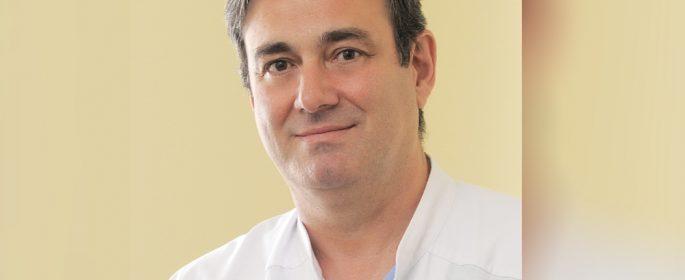 Проф. д-р Димитър Петков: Не спираме сърцето, докато сменяме клапа
