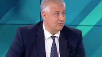 Проф. Асен Балтов: Няма да има закриване на болници, но трябва да има вливания на малки в големи